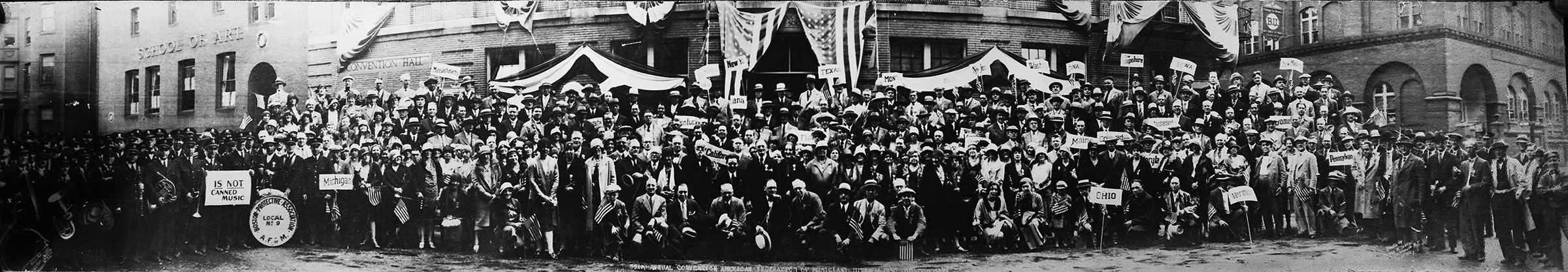 Musicians from throughout the United States and Canada gather in solidarity at the 35th AFM Convention in Boston, 1930. (Photo: courtesy International Musician/AFM archives)